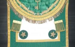 Un mattone per il futuro museo massonico. In dono al Gran Maestro Bisi prezioso grembiule antico della Gran Loggia di Scozia
