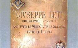 Donata al Grande Oriente la targa bronzea di Giuseppe Leti, massone antifascista