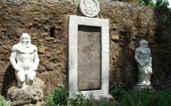 La porta magica di Roma, simbolo dell'alchimia occidentale. Incontro a Casa Nathan il 27 febbraio