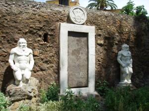 La Porta Magica di Roma nei giardini di piazza Vittorio