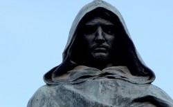 """Incontro a Casa Nathan. Il Gran Maestro: """"Giordano Bruno è attuale perché i roghi ci sono anche oggi. Così come tante battaglie da fare per i diritti e le libertà"""""""