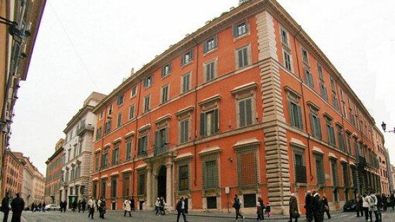 Roma l 39 appello del gran maestro un museo della for Senato della repubblica sede