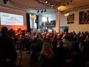 Pubblico alle conferenze del Salone Massonico del Libro