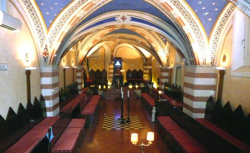 Imbrattati il portone e la targa della Casa massonica di Perugia. Solidarietà ai fratelli della città umbra dal Gran Maestro e da tutto il Grande Oriente