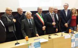 Massa Marittima, inaugurato il nuovo ambulatorio sociale. Presenti il sindaco e il vescovo