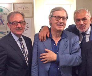 """Vittorio Sgarbi ospite della Victor Hugo di Urbino: """"La massoneria attaccata perché difende la bellezza dei valori"""""""