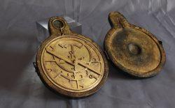 """XX Settembre. """"Il cielo stellato sopra di me"""": In mostra antico astrolabio risalente al XIV secolo, omaggio alla capacità creativa dell'uomo"""