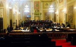 Massoneria, scontro tra i deputati dell'Ars. Presidente ferma la seduta | Live Sicilia