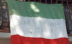 Il Canto degli italiani restituisce unità, senso di fratellanza e speranza al paese posto sotto isolamento. Flash mob da balconi e finestre