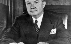21 novembre 1945, il massone Robert H. Jackson dà il via al processo di Norimberga contro i gerarchi nazisti