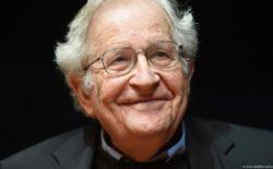Non c'è libertà senza l'educazione. L'analisi di Chomsky