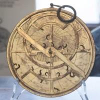 XX Settembre 2018. Il cielo stellato sopra di me. In mostra un antico astrolabio